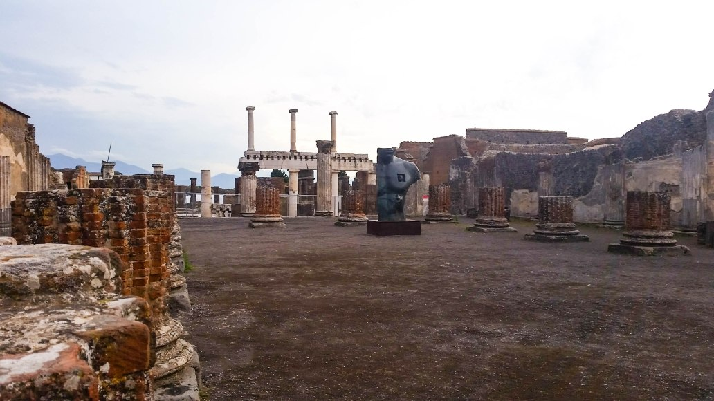 gor Mitoraj's sculptures in Pompeii 2