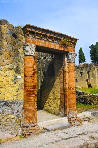 Ruins of Herculaneum. by Mr JT
