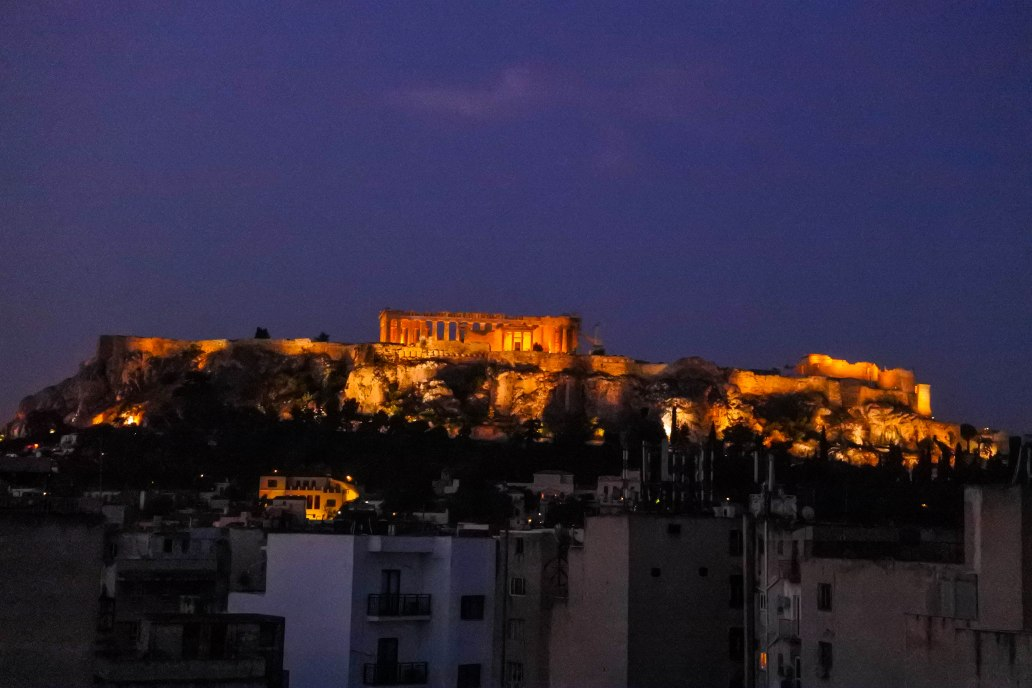 Night view of Acropolis.jpg