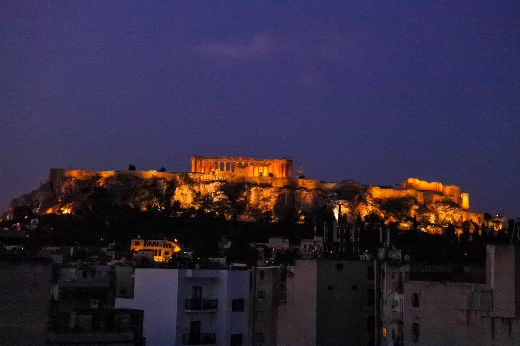 Night view of Acropolis.jpg