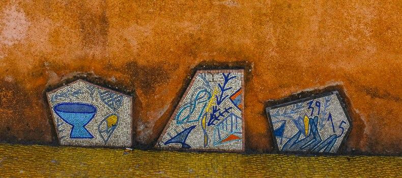 Mosaics at the steps of Chiesa di Santa Maria Assunta. by Mr JT