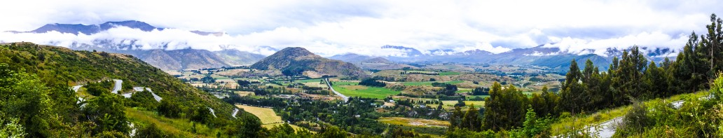 the-crown-range-between-queenstown-and-wanaka
